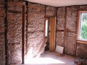 Nedrivning af bindingsværksvæg, bærende væg