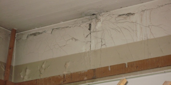 Revner-i-murværk-bæreevne-svigt-710x355